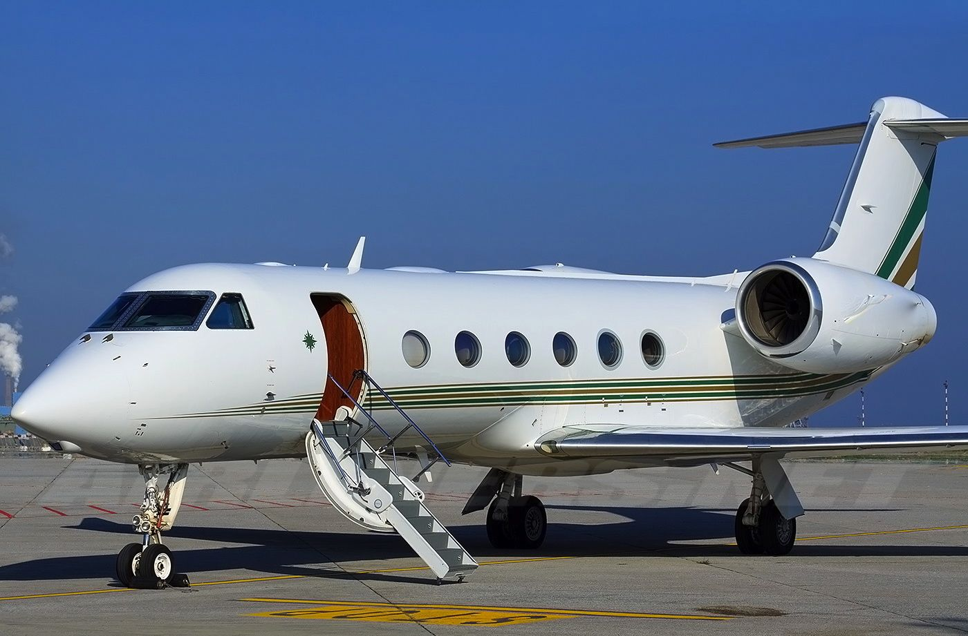 Gulfstream G350 Private Jet Charters  Stratos Jets